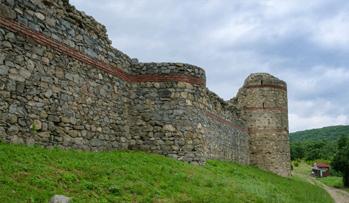 гледка от крепостта Мезек